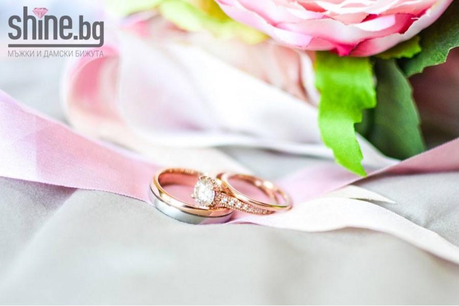 Розовото злато, което завладя женските сърца