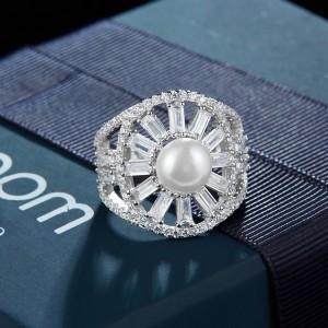 Дамски сребърен пръстен APM Monaco A17568XPL